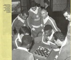 seleção Foto da concentração do Brasil na Copa de 70 (Revista Placar - Agosto 2014)